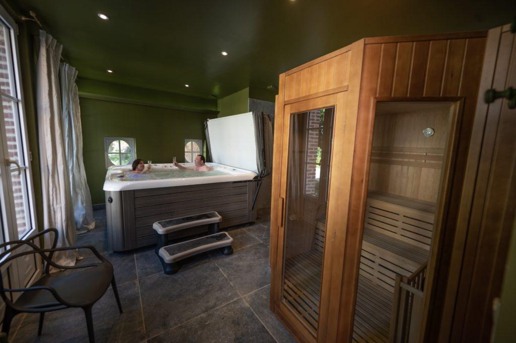 Myrrophores Spa privé Jacuzzi Sauna et massages